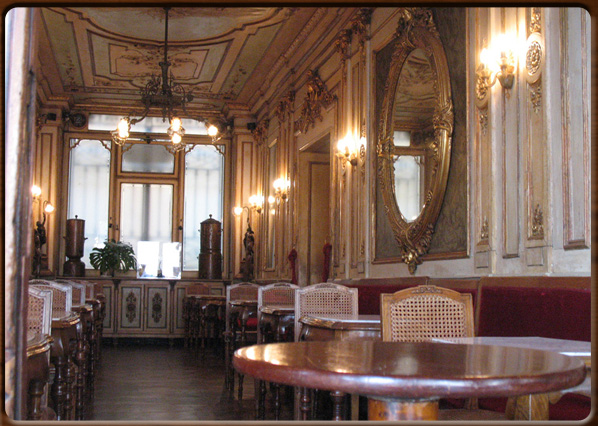Interior decoration of house - Caff 232 Florian An Historic Coffee House In St Mark Square Venice